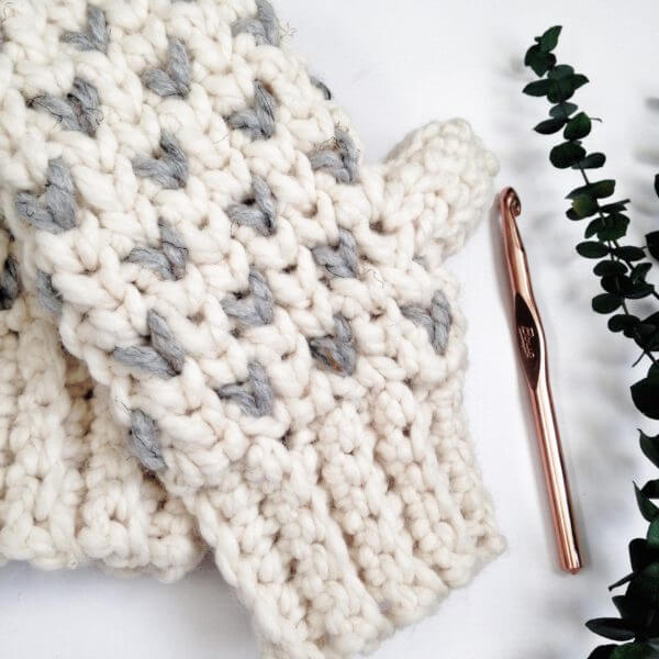 A Fair Isle Mitten Crochet Pattern That Will Keep Your Hands Toasty