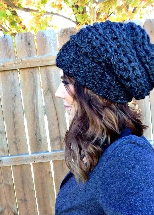 Beginner Crochet Hat Tutorial : The Best Slouchy Hat Crochet Pattern For Beginners + Video ...