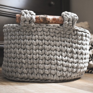 crochet basket pattern with handles