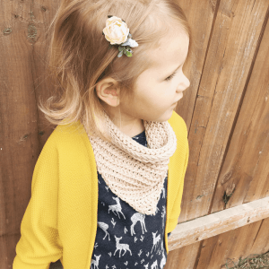 a free crochet pattern for toddlers. Make this crochet cowl for your kids