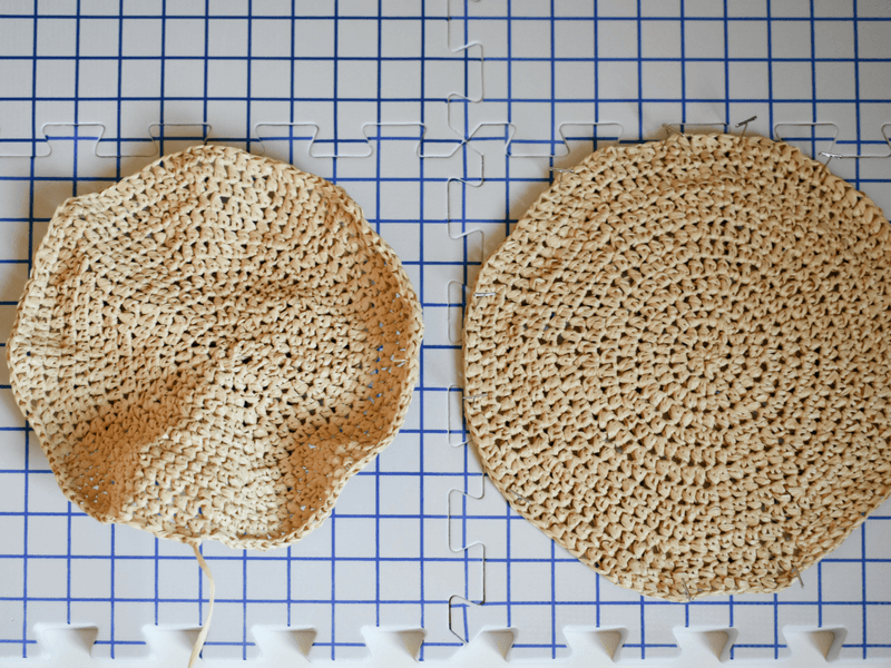 a circle crochet bag pattern that shows an unblocked circle made with raffia yarn and a steam blocked circle.