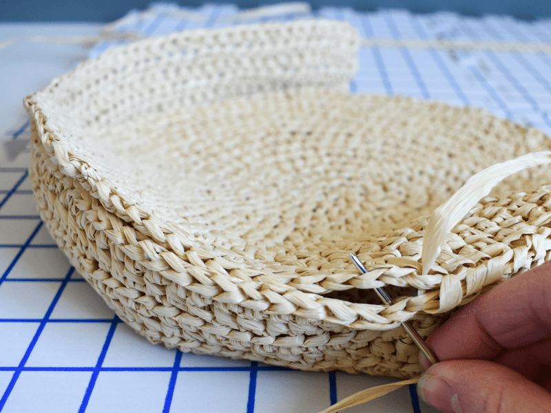 The Best Crochet Bag Pattern To Make A Durable Raffia Tote